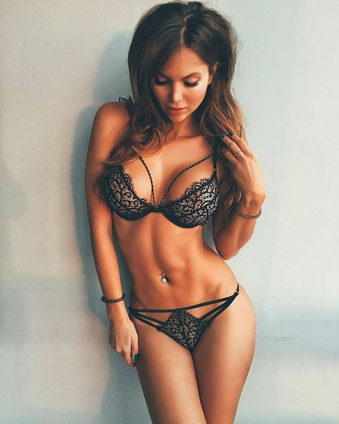 Advantages Of Dating Older Russian Women